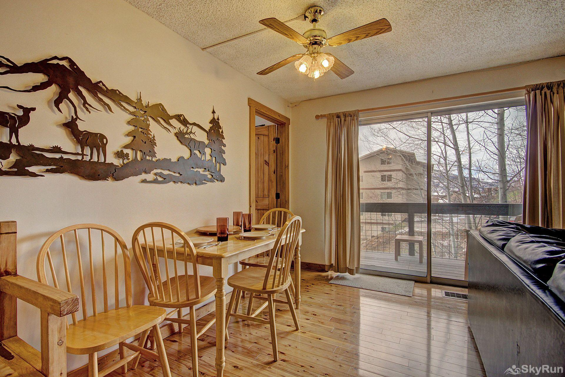 Storm Meadows East E31 Enjoy your meals at the cozy dining room table.