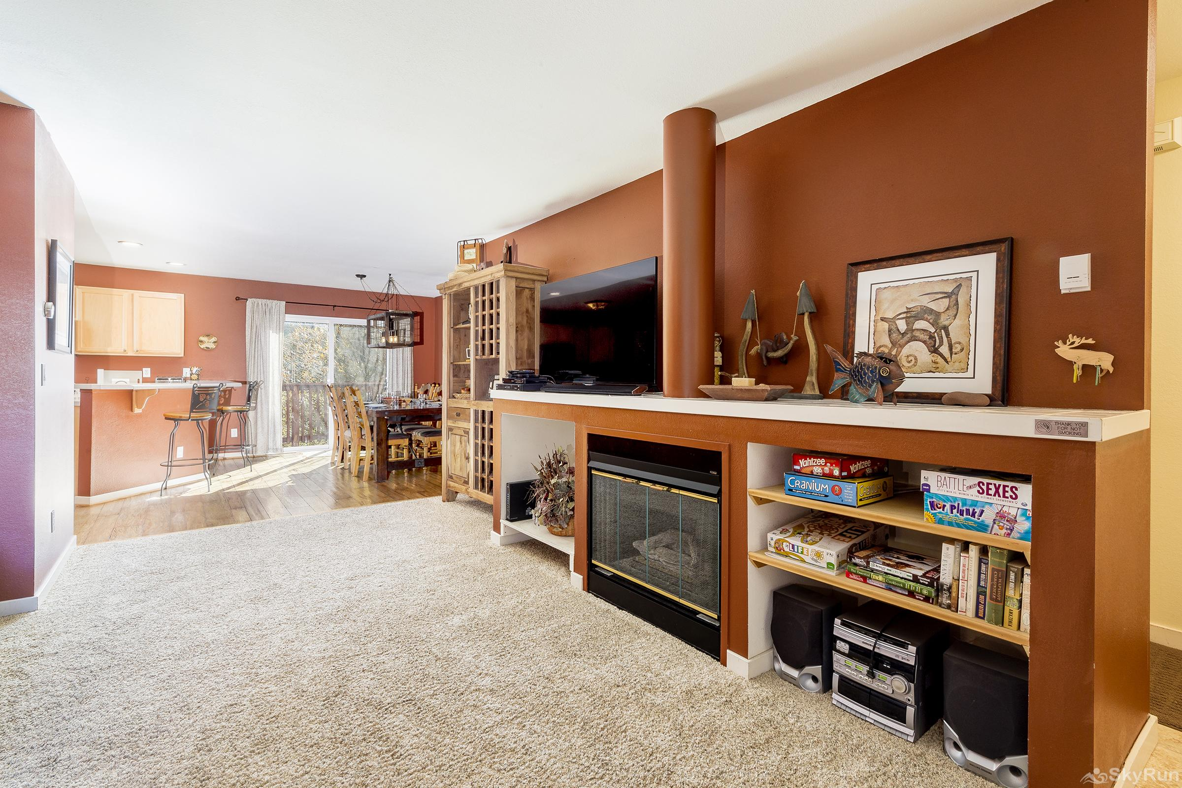 Sunburst 3473 You'll love the open, spacious living room with gas fireplace.