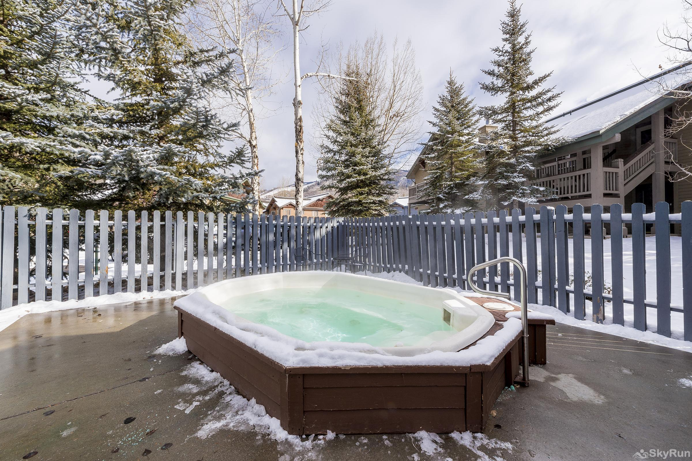 Villas 1450 Shared Hot Tub